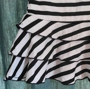 Skirts - Black & White Ruffle Skirt